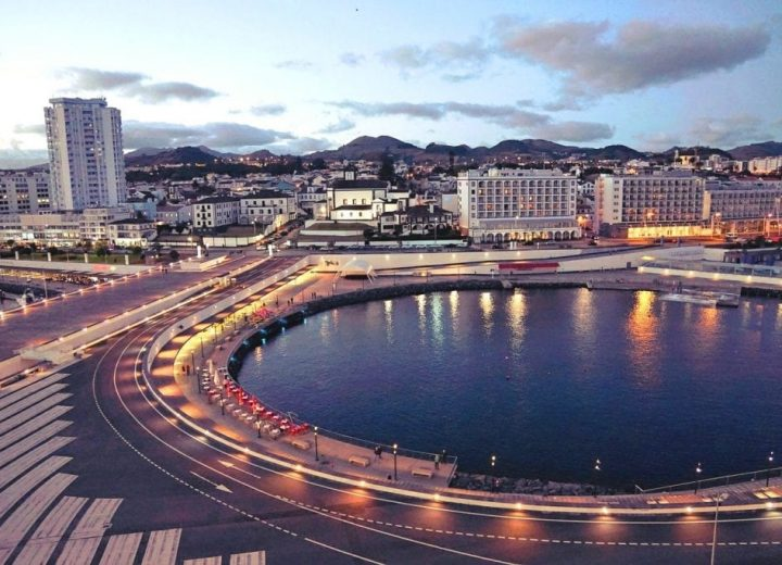 What to do in Ponta Delgada?
